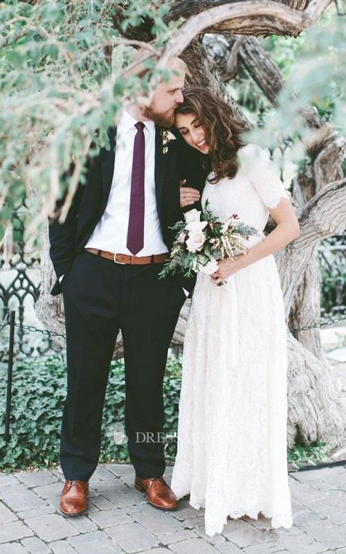 Jewel Lace T-shirt Short Sleeve Wedding Gown