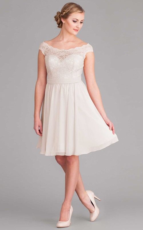 Scoop-neck Cap-sleeve short a-line dress With Lace