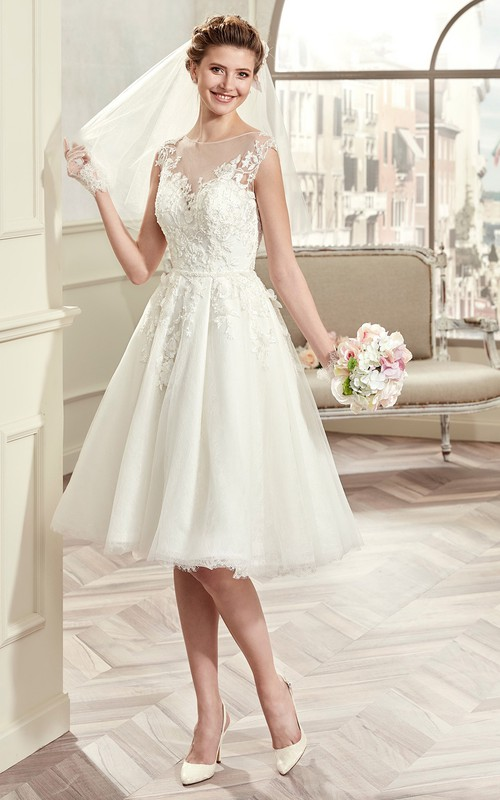 Scoop-neck Illusion Cap-sleeve short Knee-length A-line Wedding Dress With Appliques